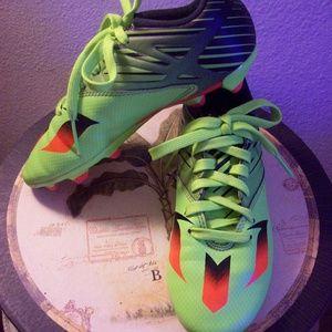 Adidas Jr Messi Soccer Cleats SZ- 2